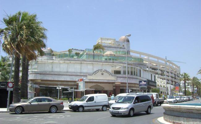 Restaurante plaza puerto ban s - Gray d albion puerto banus ...